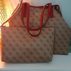 Guess handbag with pouch brand new